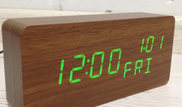 862w Часы День недели 150*70*40 мм