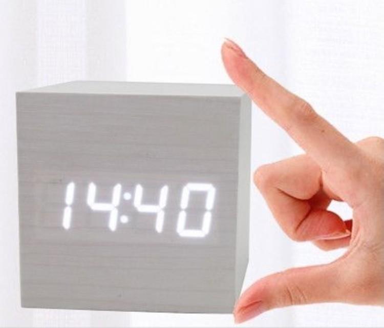 869 Часы Wood 6.4*6.4*6.4sm